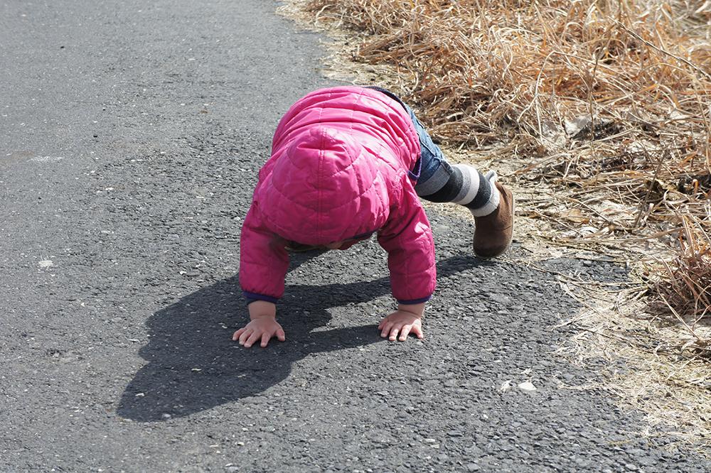 子供が転ぶとき